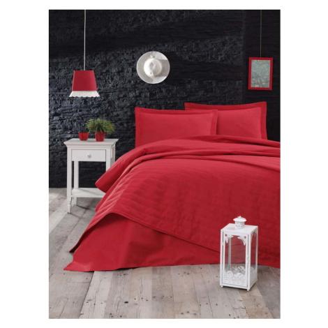 Červený lehký prošívaný přehoz Mijolnir Monart, 220 x 240 cm