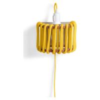 Žlutá nástěnná lampa s dřevěnou konstrukcí EMKO Macaron, délka 20 cm